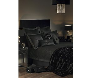 Kylie at home 'mendez' bedding