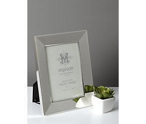 Silver plated bevelled photoframe 4x6